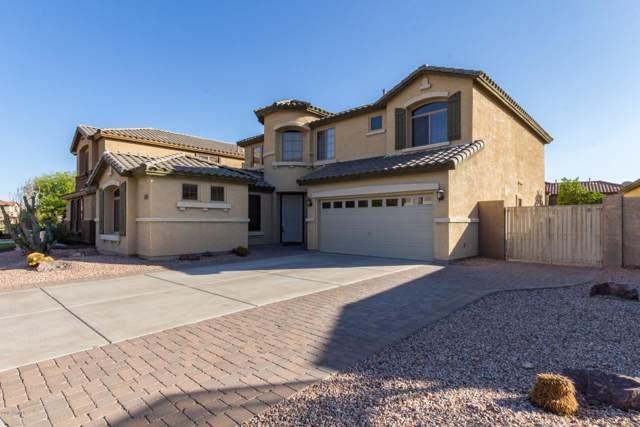 2809 W Silver Fox Way, Phoenix, AZ 85045 (MLS #6020103) :: Yost Realty Group at RE/MAX Casa Grande