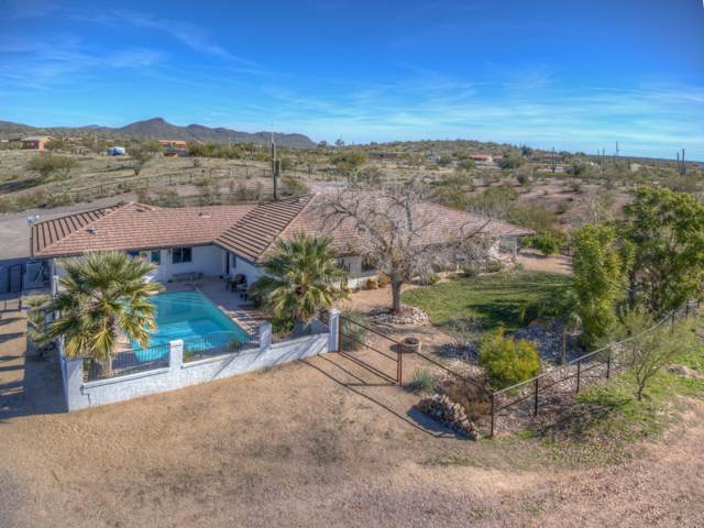 42318 N Castle Hot Springs Road, Morristown, AZ 85342 (MLS #6020179) :: Dave Fernandez Team | HomeSmart