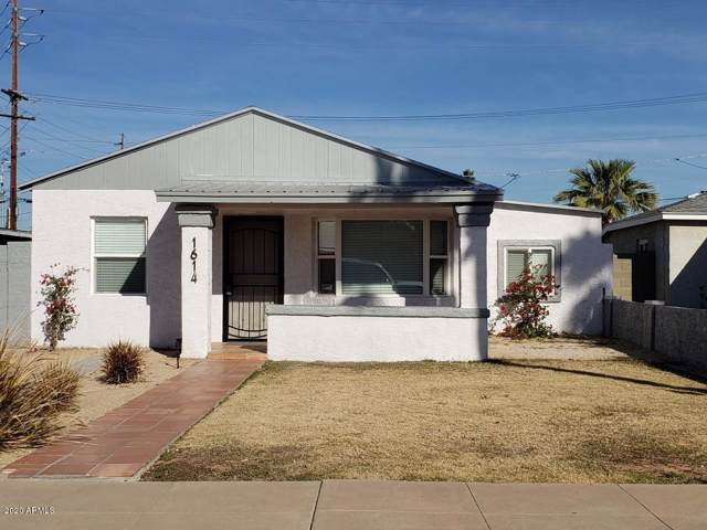 1614 W Lynwood Street, Phoenix, AZ 85007 (MLS #6024278) :: The Laughton Team
