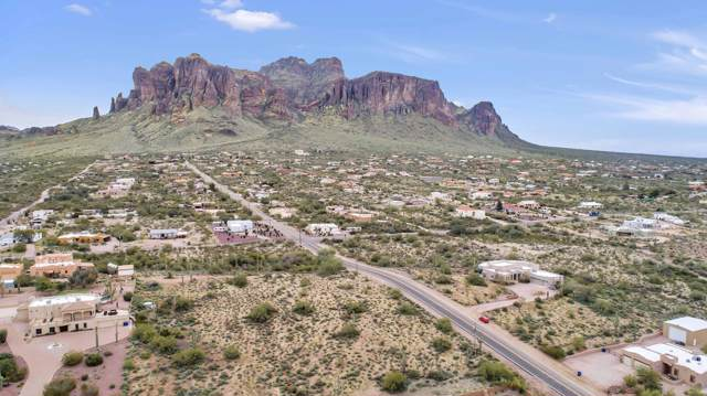 3834 N Sun Road, Apache Junction, AZ 85119 (MLS #6025426) :: Yost Realty Group at RE/MAX Casa Grande
