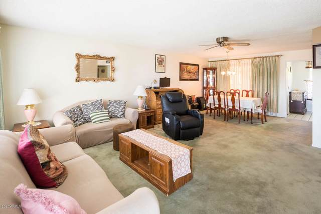 17822 N Del Webb Boulevard, Sun City, AZ 85373 (MLS #6026785) :: Brett Tanner Home Selling Team