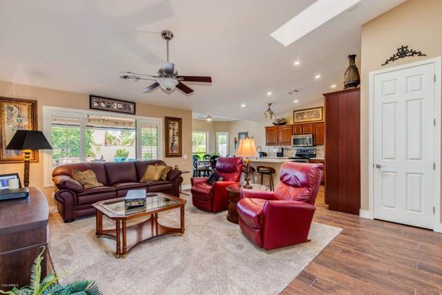 1284 W San Carlos Place, Chandler, AZ 85248 (MLS #6028194) :: The Property Partners at eXp Realty