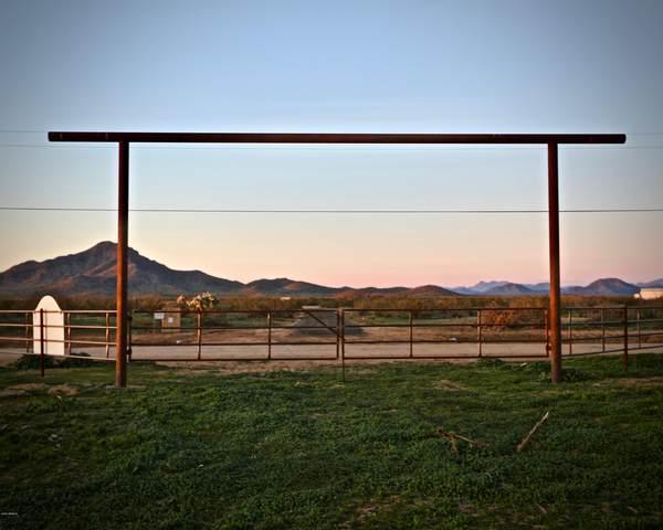 45000 W Abbott Road, Wickenburg, AZ 85390 (MLS #6036288) :: Klaus Team Real Estate Solutions