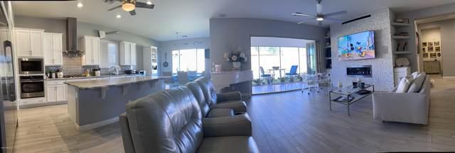 2626 W Moura Drive, Phoenix, AZ 85085 (MLS #6037101) :: Homehelper Consultants