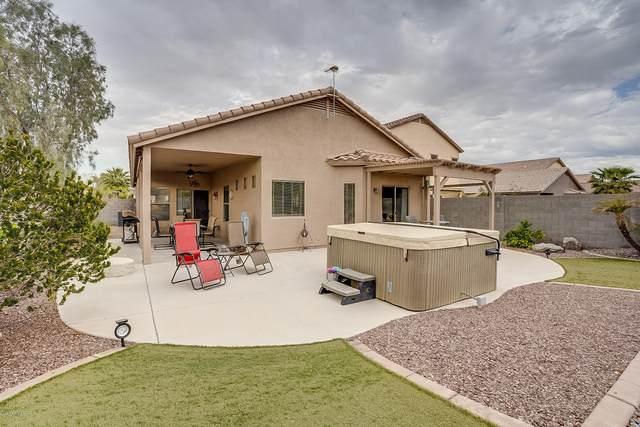185 W Saddle Way, San Tan Valley, AZ 85143 (MLS #6037801) :: Yost Realty Group at RE/MAX Casa Grande