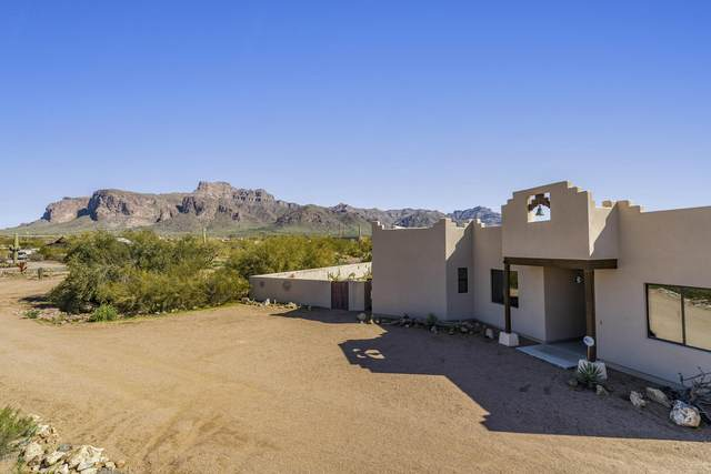 5955 E 10TH Avenue, Apache Junction, AZ 85119 (MLS #6038302) :: My Home Group