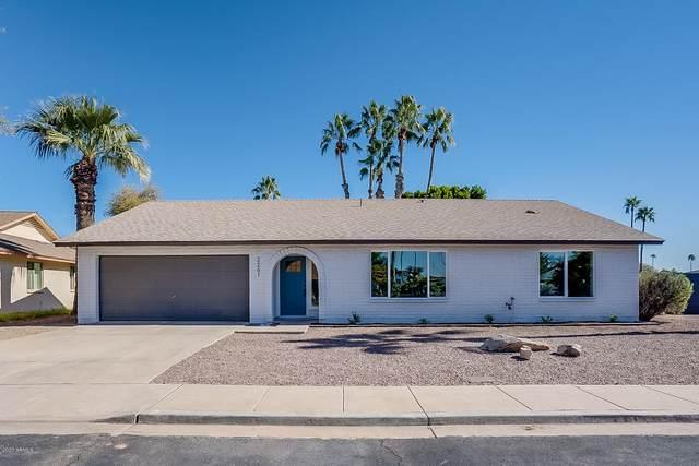 2261 S Elm, Mesa, AZ 85202 (MLS #6040089) :: The Bill and Cindy Flowers Team
