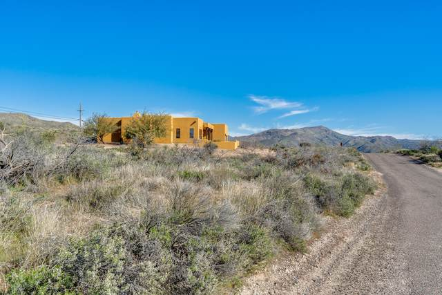 42220 N La Plata Road, Cave Creek, AZ 85331 (MLS #6040106) :: Lucido Agency