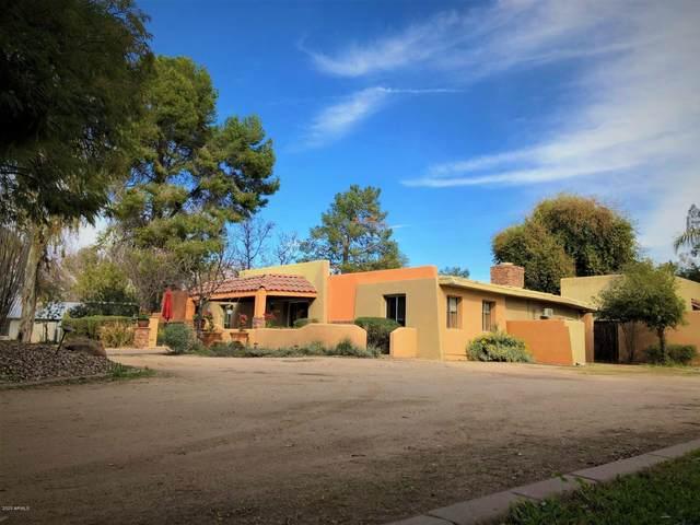 6211 S 37TH Street, Phoenix, AZ 85042 (MLS #6041781) :: The W Group
