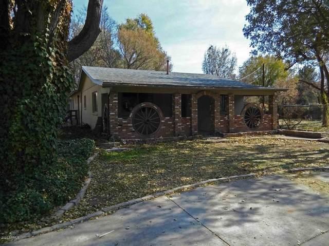 1335 S Loy Road, Cornville, AZ 86325 (MLS #6042157) :: The W Group