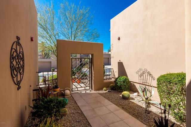 17025 E La Montana Drive #114, Fountain Hills, AZ 85268 (MLS #6042396) :: Yost Realty Group at RE/MAX Casa Grande