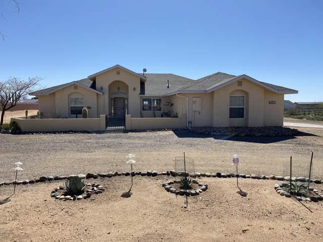22675 W Sunrise Road, Congress, AZ 85332 (MLS #6042440) :: The W Group