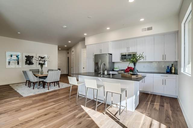 7300 E Earll Drive #2015, Scottsdale, AZ 85251 (MLS #6044612) :: Revelation Real Estate