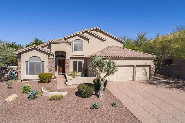 6920 E Sugarloaf Circle, Mesa, AZ 85207 (MLS #6047154) :: Riddle Realty Group - Keller Williams Arizona Realty