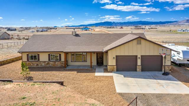 9271 E Steer Mesa Road, Prescott Valley, AZ 86315 (MLS #6050321) :: Howe Realty