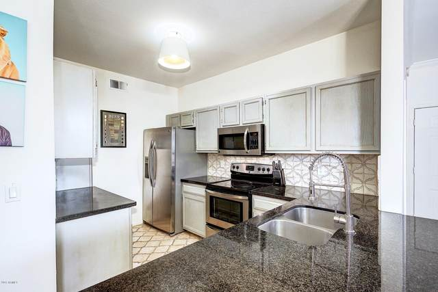7009 E Acoma Drive #1044, Scottsdale, AZ 85254 (MLS #6051842) :: Lifestyle Partners Team
