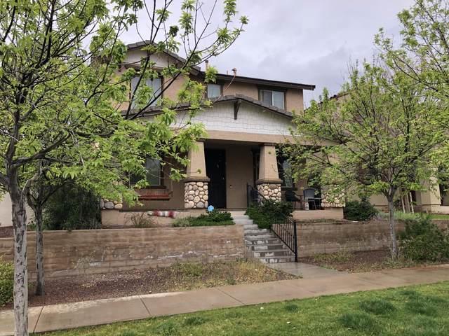 2432 N Heritage Street, Buckeye, AZ 85396 (MLS #6052234) :: Lux Home Group at  Keller Williams Realty Phoenix