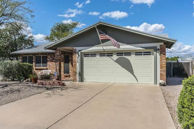 636 W Emerald Avenue, Mesa, AZ 85210 (MLS #6053837) :: Brett Tanner Home Selling Team