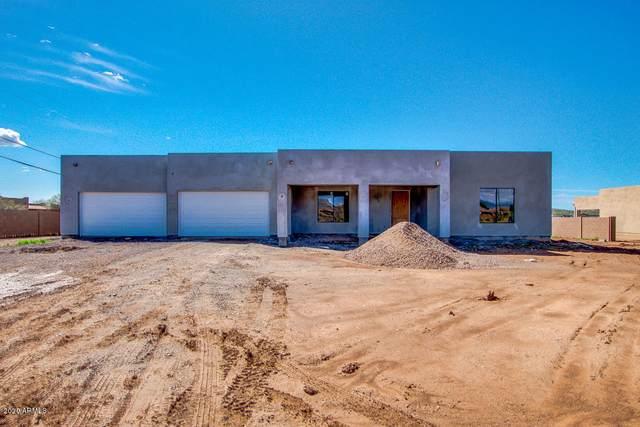 2505 W Desert Hills Drive, Phoenix, AZ 85086 (MLS #6054458) :: Lucido Agency