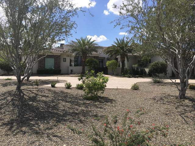 8700 N 55TH Place, Paradise Valley, AZ 85253 (MLS #6055475) :: Lucido Agency