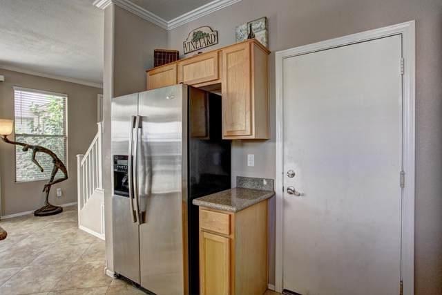 1316 S Providence Circle, Mesa, AZ 85209 (MLS #6055946) :: Brett Tanner Home Selling Team