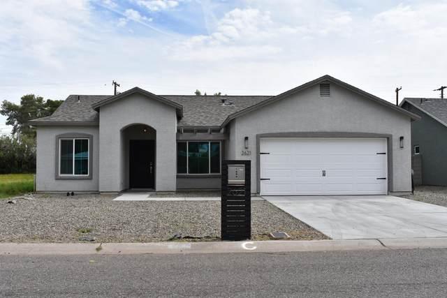 2621 N 30th Place, Phoenix, AZ 85008 (MLS #6056889) :: The Laughton Team