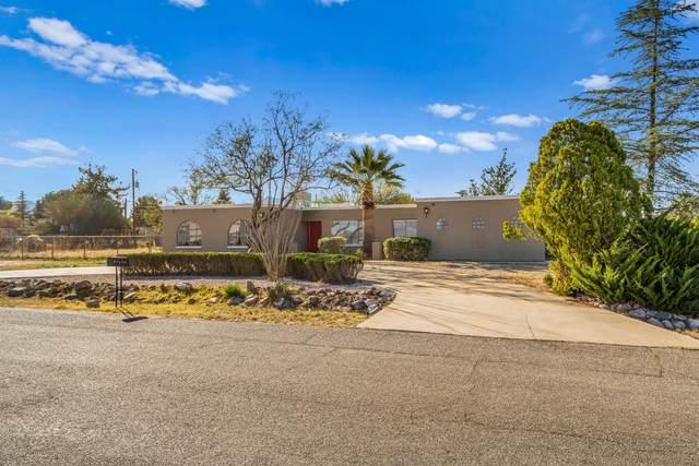 800 Calle Gardenia, Sierra Vista, AZ 85635 (MLS #6057880) :: The Kenny Klaus Team