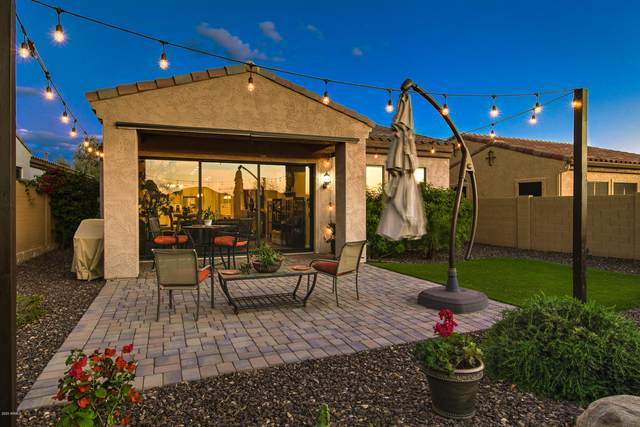 1808 N Red Cliff, Mesa, AZ 85207 (MLS #6058187) :: The Mahoney Group