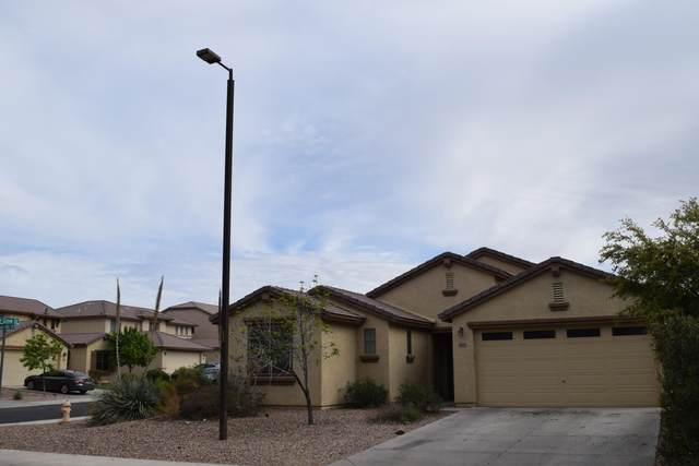 635 W Desert Hills Drive, San Tan Valley, AZ 85143 (MLS #6058753) :: The Helping Hands Team
