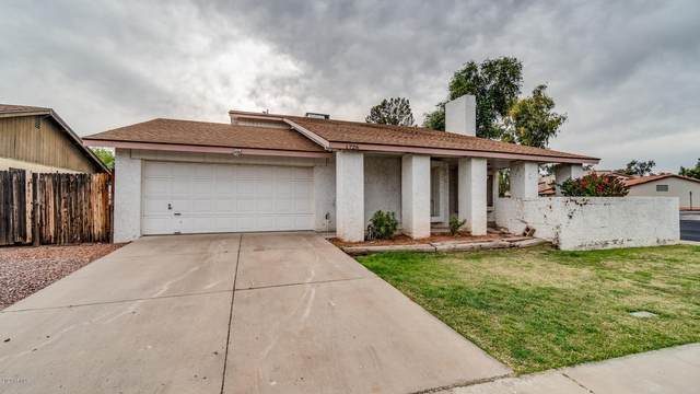 1726 S Henkel Circle, Mesa, AZ 85202 (MLS #6060267) :: Long Realty West Valley