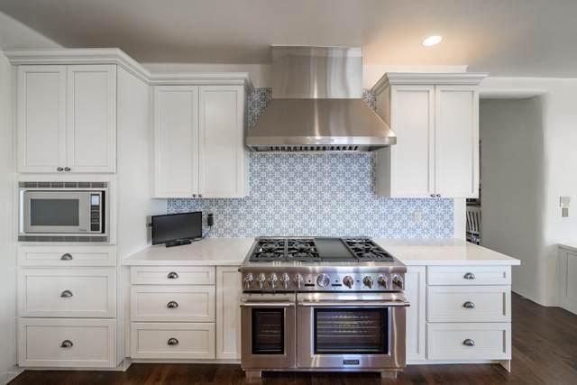 8601 N 64TH Place, Paradise Valley, AZ 85253 (MLS #6060549) :: Brett Tanner Home Selling Team