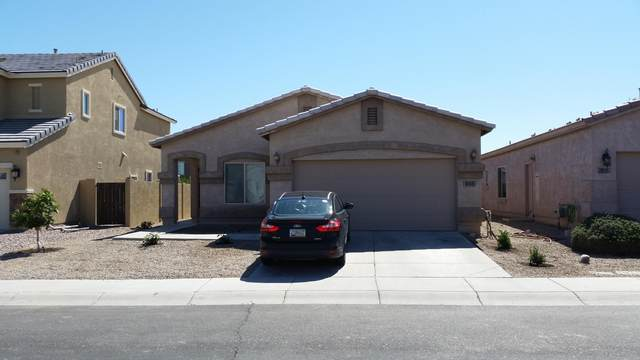 935 E Gold Dust Way, San Tan Valley, AZ 85143 (MLS #6062020) :: Yost Realty Group at RE/MAX Casa Grande