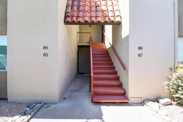 4201 E Camelback Road #86, Phoenix, AZ 85018 (MLS #6062058) :: Riddle Realty Group - Keller Williams Arizona Realty