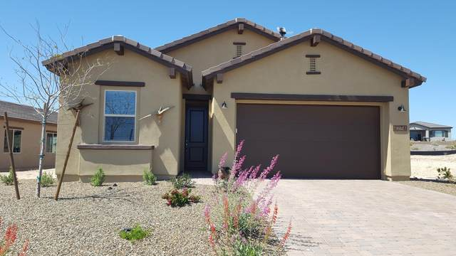 4274 Sawbuck Way, Wickenburg, AZ 85390 (MLS #6062168) :: The W Group