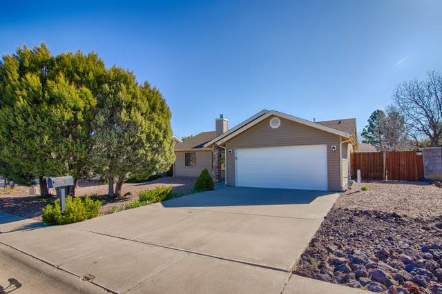 949 S Hunters Run, Show Low, AZ 85901 (MLS #6062602) :: Yost Realty Group at RE/MAX Casa Grande