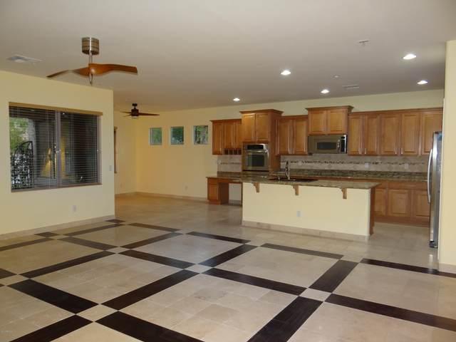9044 W Quail Track Drive, Peoria, AZ 85383 (MLS #6063245) :: Maison DeBlanc Real Estate
