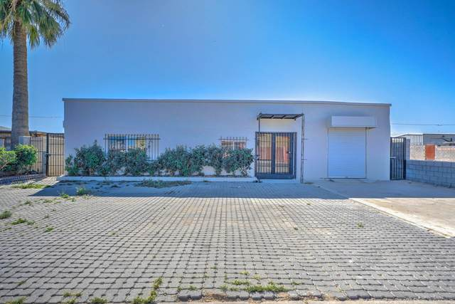 2420 S 18TH Place, Phoenix, AZ 85034 (MLS #6063260) :: The Daniel Montez Real Estate Group