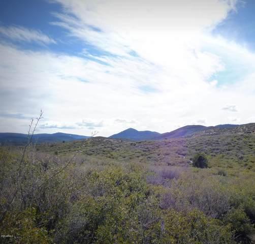 207Q S Lovin Lane, Dewey, AZ 86327 (MLS #6065356) :: Brett Tanner Home Selling Team