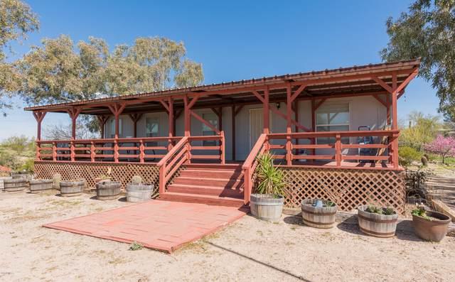 42418 N Grand Avenue, Morristown, AZ 85342 (MLS #6067989) :: Brett Tanner Home Selling Team