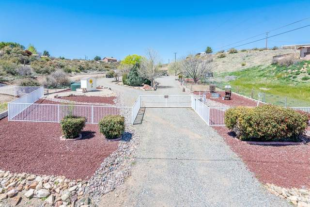 240 S Pony Place, Dewey, AZ 86327 (MLS #6068816) :: Brett Tanner Home Selling Team