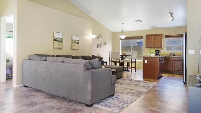 2305 N 109TH Avenue, Avondale, AZ 85392 (MLS #6071824) :: Riddle Realty Group - Keller Williams Arizona Realty