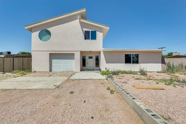 5032 N 65TH Avenue, Glendale, AZ 85301 (MLS #6073282) :: Lucido Agency