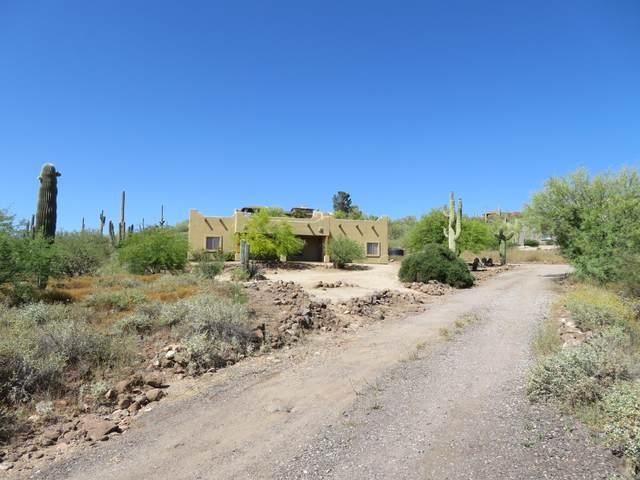 1430 E Gaffney Road, New River, AZ 85087 (MLS #6074240) :: Yost Realty Group at RE/MAX Casa Grande