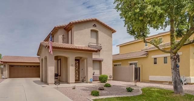1858 E Loma Vista Street, Gilbert, AZ 85295 (MLS #6074387) :: neXGen Real Estate