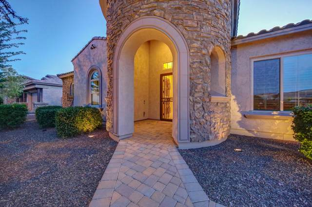 2552 S Heritage Drive, Gilbert, AZ 85295 (MLS #6077644) :: Yost Realty Group at RE/MAX Casa Grande