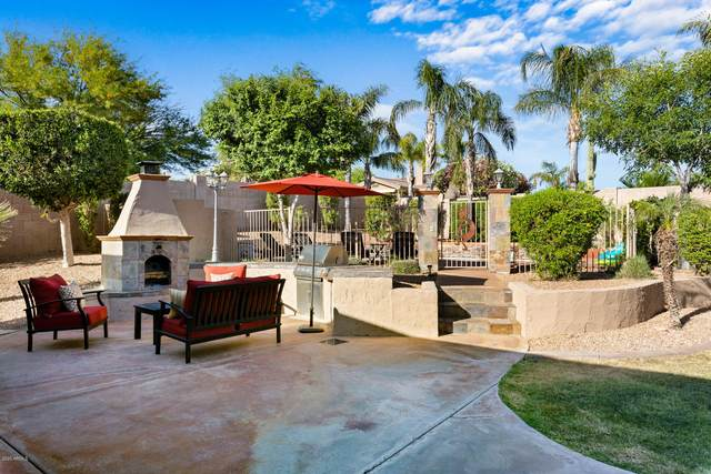 6433 S Mesa Vista Circle, Gold Canyon, AZ 85118 (MLS #6077851) :: Klaus Team Real Estate Solutions