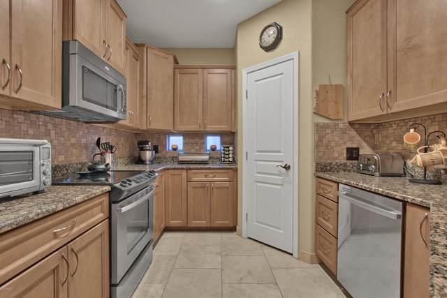 15221 N Clubgate Drive #2050, Scottsdale, AZ 85254 (MLS #6078817) :: Keller Williams Realty Phoenix