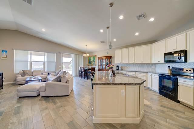 10334 E Corbin Avenue, Mesa, AZ 85212 (MLS #6080401) :: Lucido Agency
