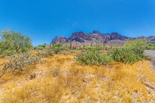 5900 E Roundup Street, Apache Junction, AZ 85119 (MLS #6080505) :: Brett Tanner Home Selling Team