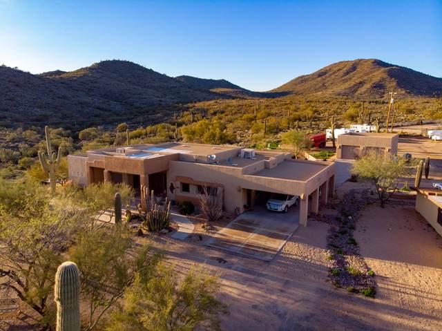 2420 E Desert Hills Drive E, Cave Creek, AZ 85331 (MLS #6080594) :: The W Group